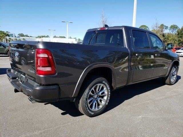2019 Ram 1500 Crew Cab 4x4,  Pickup #N692035 - photo 4