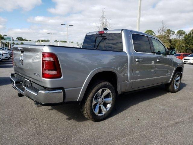 2019 Ram 1500 Crew Cab 4x4,  Pickup #N692087 - photo 4