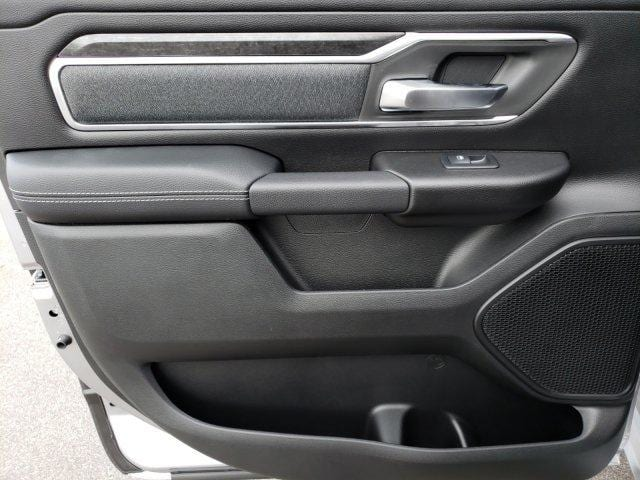 2019 Ram 1500 Crew Cab 4x4,  Pickup #N736743 - photo 13