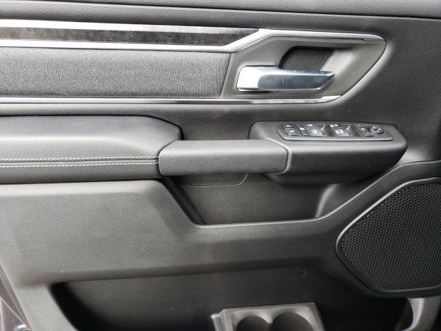 2019 Ram 1500 Crew Cab 4x4,  Pickup #N736746 - photo 7