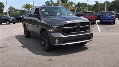 2018 Ram 1500 Crew Cab 4x2,  Pickup #S304798 - photo 4
