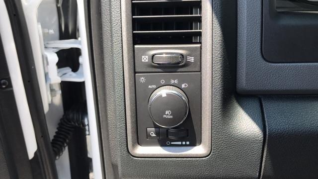 2018 Ram 1500 Crew Cab 4x2,  Pickup #S304839 - photo 17