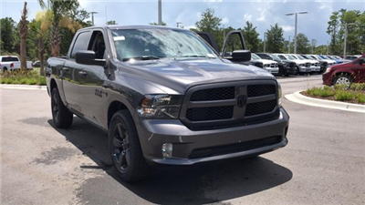 2018 Ram 1500 Crew Cab 4x2,  Pickup #S305142 - photo 3