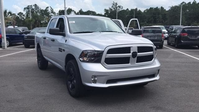 2018 Ram 1500 Crew Cab 4x2,  Pickup #S305146 - photo 3