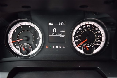 2018 Ram 1500 Crew Cab 4x4, Pickup #A173632 - photo 24