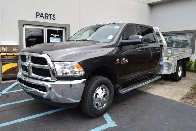2018 Ram 3500 Crew Cab DRW 4x4,  Platform Body #A208819 - photo 4