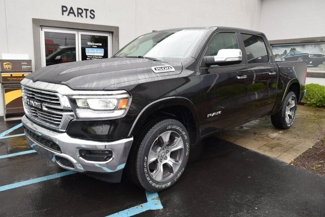 2019 Ram 1500 Crew Cab 4x4,  Pickup #A517080 - photo 4
