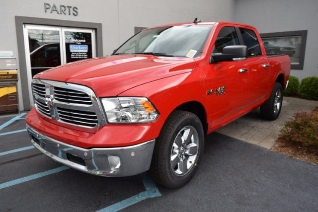 2017 Ram 1500 Crew Cab 4x4, Pickup #A524453 - photo 4