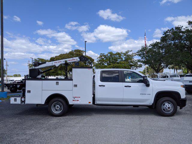 2021 Chevrolet Silverado 3500 Crew Cab AWD, Reading Master Mechanic HD Crane Mechanics Body #S1253 - photo 4