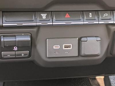 2021 Chevrolet Silverado 3500 Crew Cab AWD, Reading Master Mechanic HD Crane Mechanics Body #S1253 - photo 15