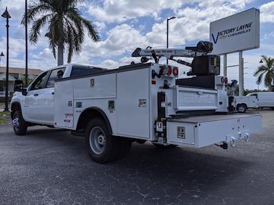2021 Chevrolet Silverado 3500 Crew Cab AWD, Reading Master Mechanic HD Crane Mechanics Body #S1253 - photo 6