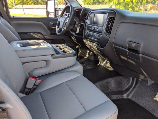 2019 Silverado Medium Duty Regular Cab DRW 4x4, Knapheide Concrete Concrete Body #S9388 - photo 10