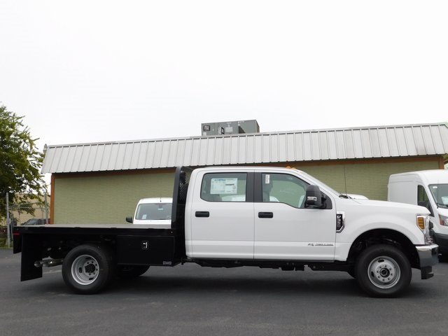 2019 F-350 Crew Cab DRW 4x4,  Knapheide Platform Body #00CC563X - photo 4