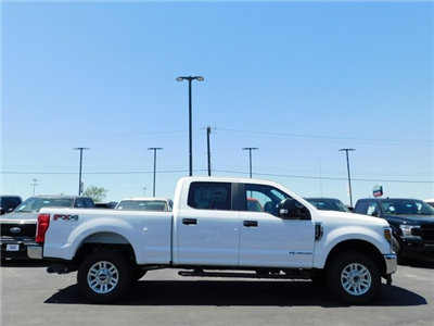 2018 F-250 Crew Cab 4x4, Pickup #00CC8092 - photo 3