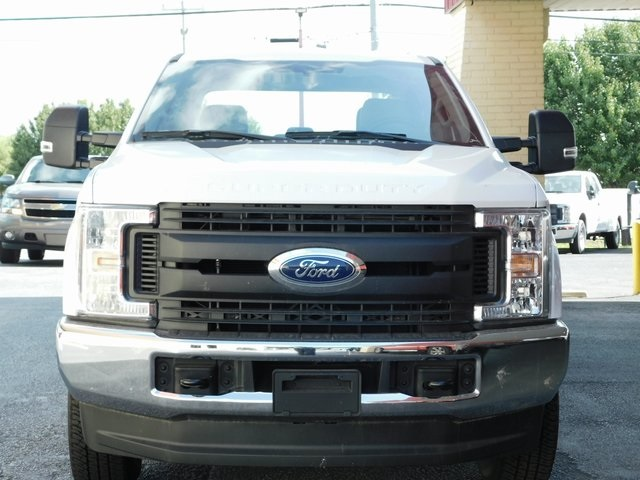 2018 F-250 Crew Cab 4x4,  Reading Service Body #00CC9362 - photo 9