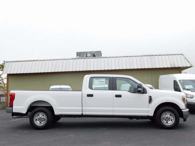 2019 F-250 Crew Cab 4x2,  Pickup #CC446X - photo 4