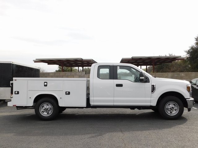 2019 F-250 Super Cab 4x2,  Cab Chassis #S284506 - photo 2