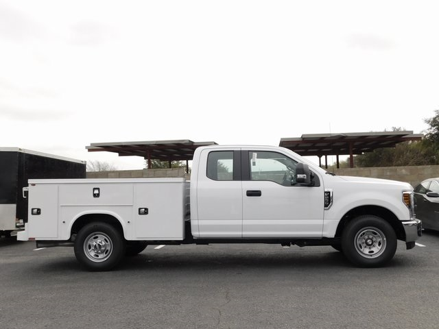 2019 F-250 Super Cab 4x2,  Cab Chassis #S291536 - photo 2