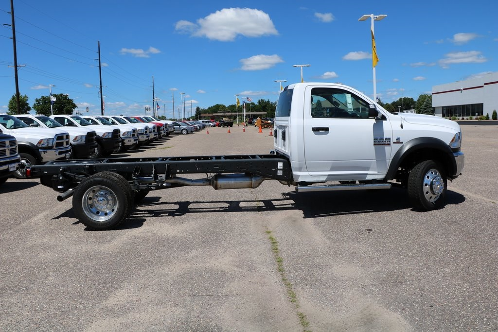 2016 Ram 5500 Regular Cab DRW, Cab Chassis #G7068 - photo 12