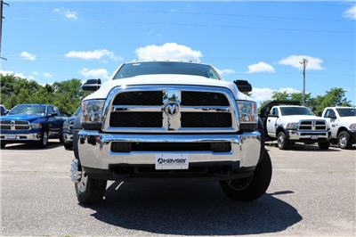 2016 Ram 5500 Regular Cab DRW, Cab Chassis #G7068 - photo 3