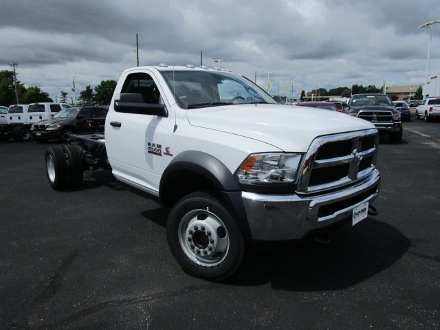 2017 Ram 4500 Regular Cab DRW 4x2,  Cab Chassis #H7744 - photo 37