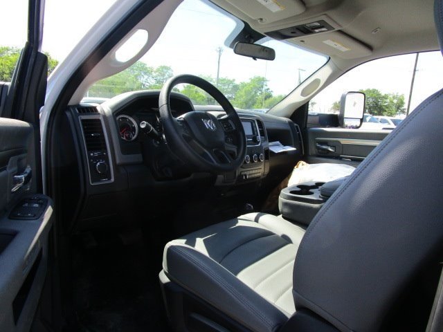 2017 Ram 5500 Regular Cab DRW 4x4, DewEze Platform Body #H7753 - photo 10