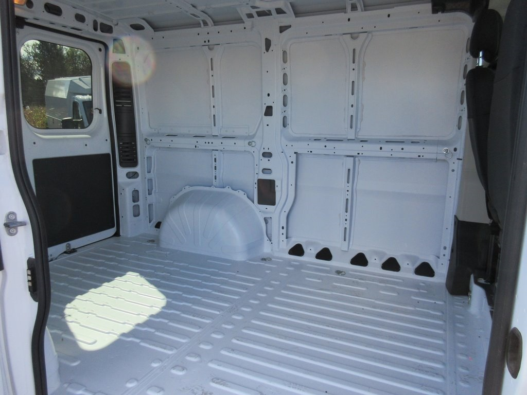 2018 ProMaster 1500 Standard Roof FWD,  Empty Cargo Van #J7971 - photo 23
