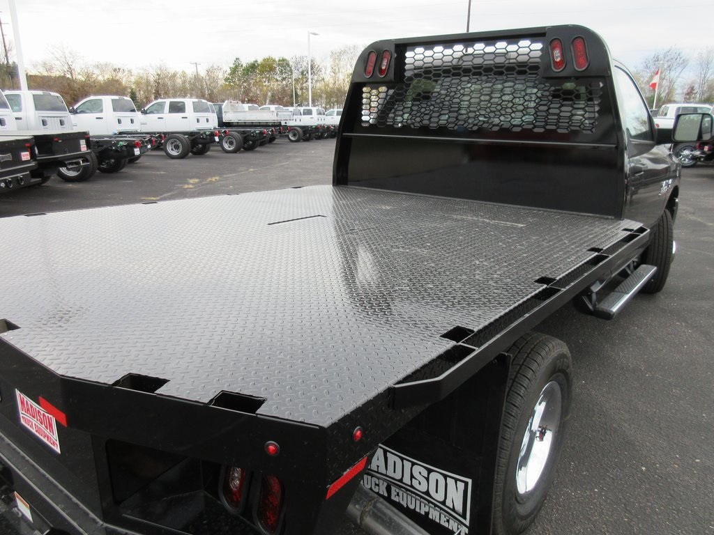 2018 Ram 3500 Regular Cab DRW 4x4, Knapheide Platform Body #J8011 - photo 31