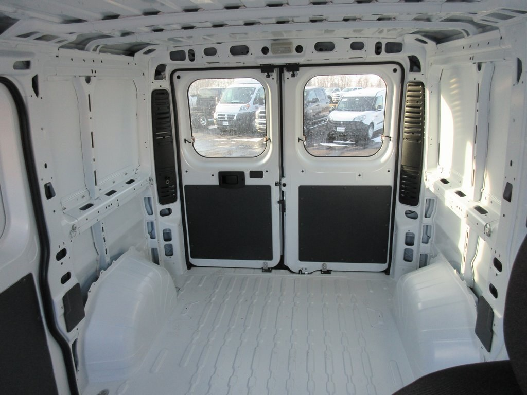2018 ProMaster 1500 Standard Roof FWD,  Empty Cargo Van #J8021 - photo 31