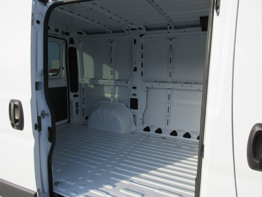 2018 ProMaster 1500 Standard Roof FWD,  Empty Cargo Van #J8021 - photo 33