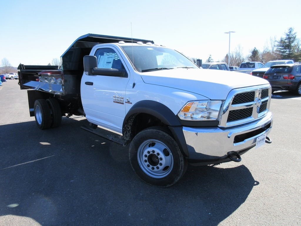 2018 Ram 5500 Regular Cab DRW 4x4, Dump Body #J8140 - photo 4