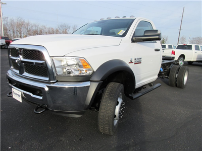 2018 Ram 5500 Regular Cab DRW 4x4, Cab Chassis #J8140 - photo 2