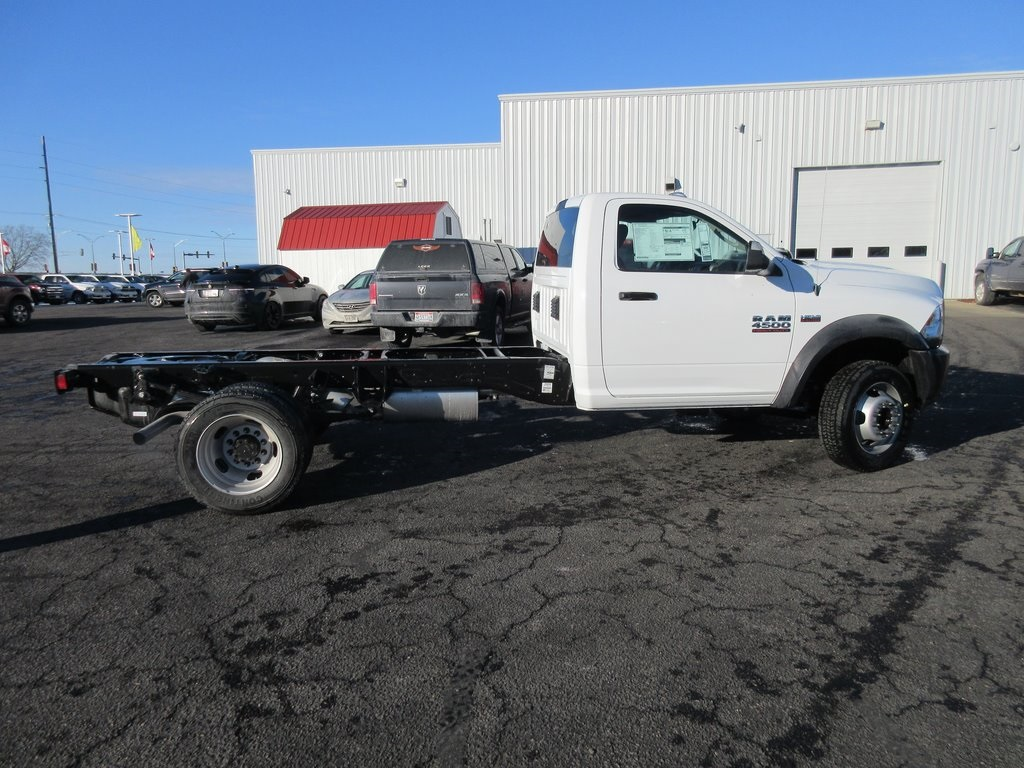 2018 Ram 4500 Regular Cab DRW, Cab Chassis #J8153 - photo 7
