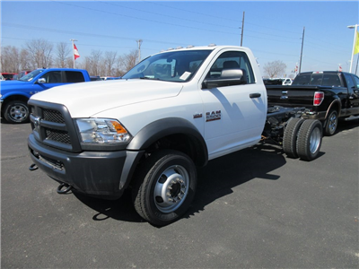 2018 Ram 5500 Regular Cab DRW 4x4, Cab Chassis #J8158 - photo 5