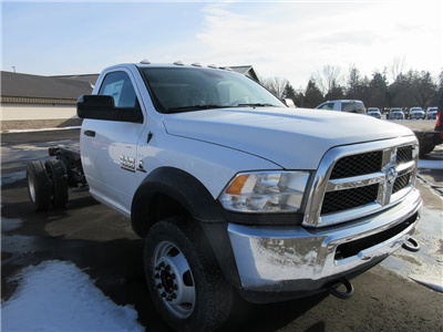 2018 Ram 4500 Regular Cab DRW 4x4, Cab Chassis #J8296 - photo 26