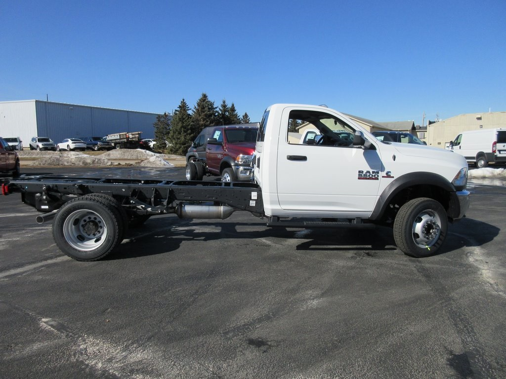 2018 Ram 5500 Regular Cab DRW 4x4, Cab Chassis #J8388 - photo 6