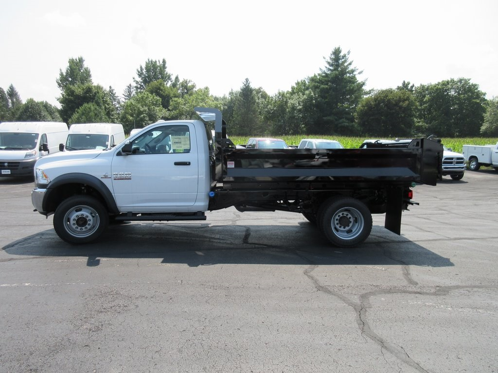 2018 Ram 5500 Regular Cab DRW 4x4,  Cab Chassis #J8389 - photo 5