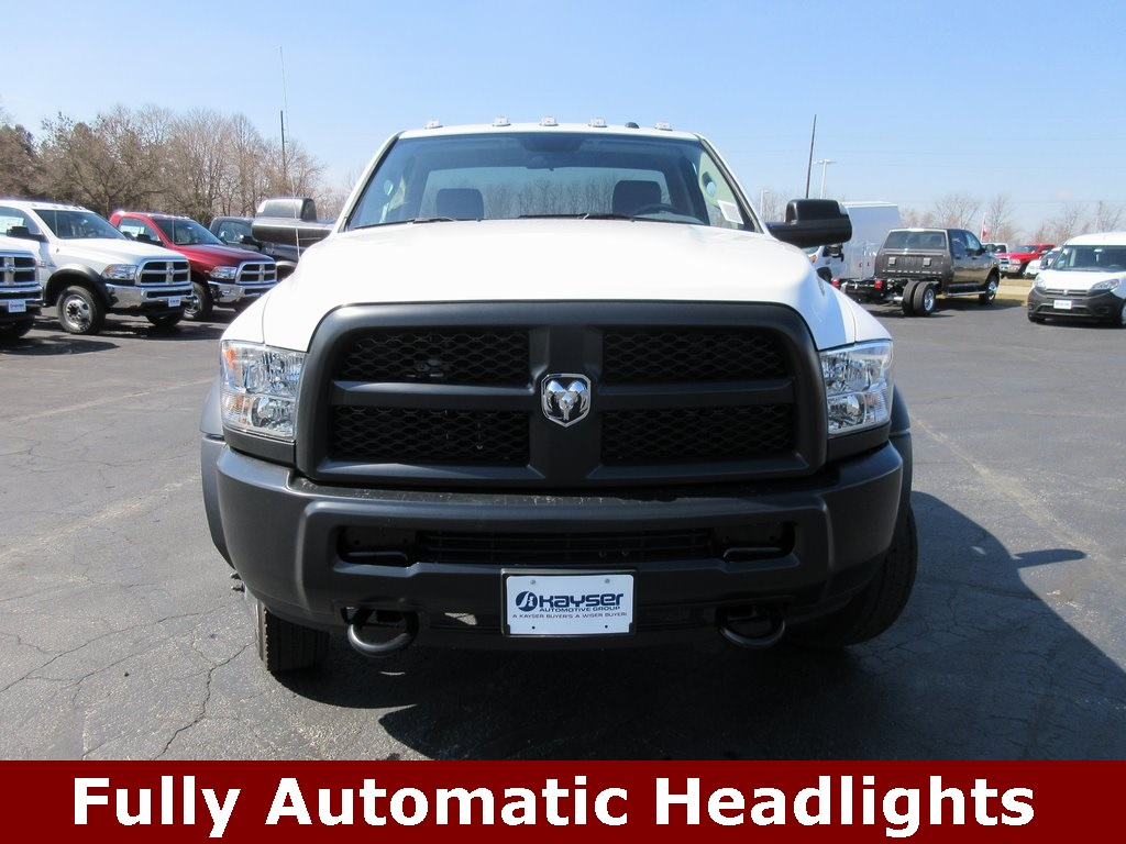 2018 Ram 4500 Regular Cab DRW, Cab Chassis #J8423 - photo 4
