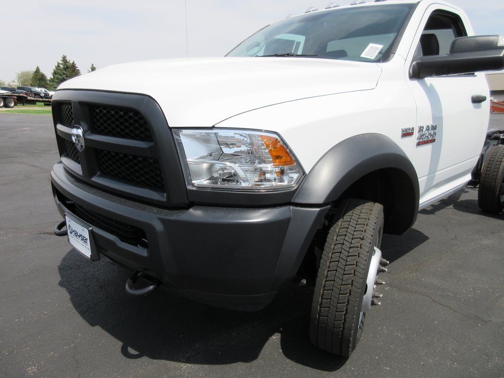 2018 Ram 4500 Regular Cab DRW 4x2,  Cab Chassis #J8507 - photo 26