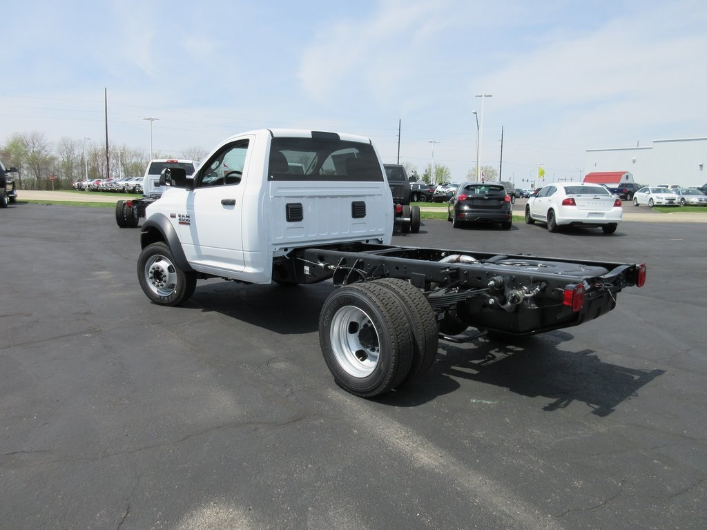 2018 Ram 4500 Regular Cab DRW 4x2,  Cab Chassis #J8507 - photo 2