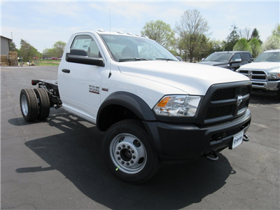 2018 Ram 4500 Regular Cab DRW, Cab Chassis #J8507 - photo 30