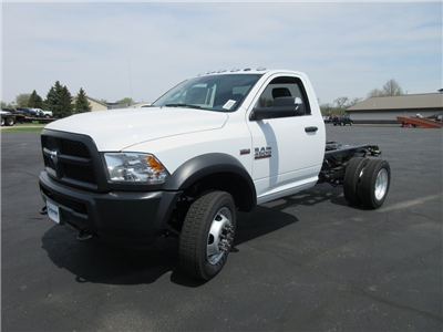 2018 Ram 4500 Regular Cab DRW 4x2,  Cab Chassis #J8507 - photo 5