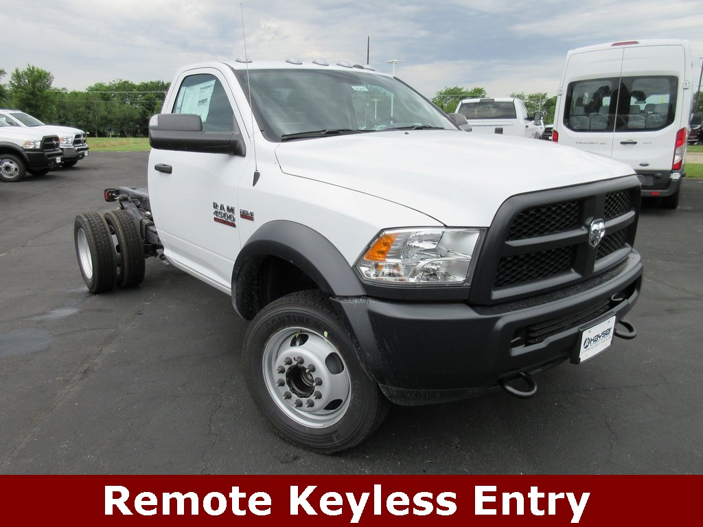2018 Ram 4500 Regular Cab DRW 4x2,  Cab Chassis #J8587 - photo 3
