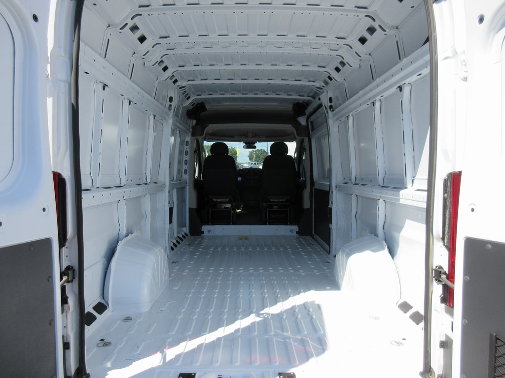 2018 ProMaster 3500 High Roof FWD,  Empty Cargo Van #J8593 - photo 2