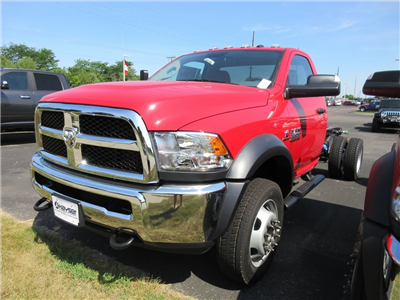 2018 Ram 5500 Regular Cab DRW 4x4,  Cab Chassis #J8646 - photo 4