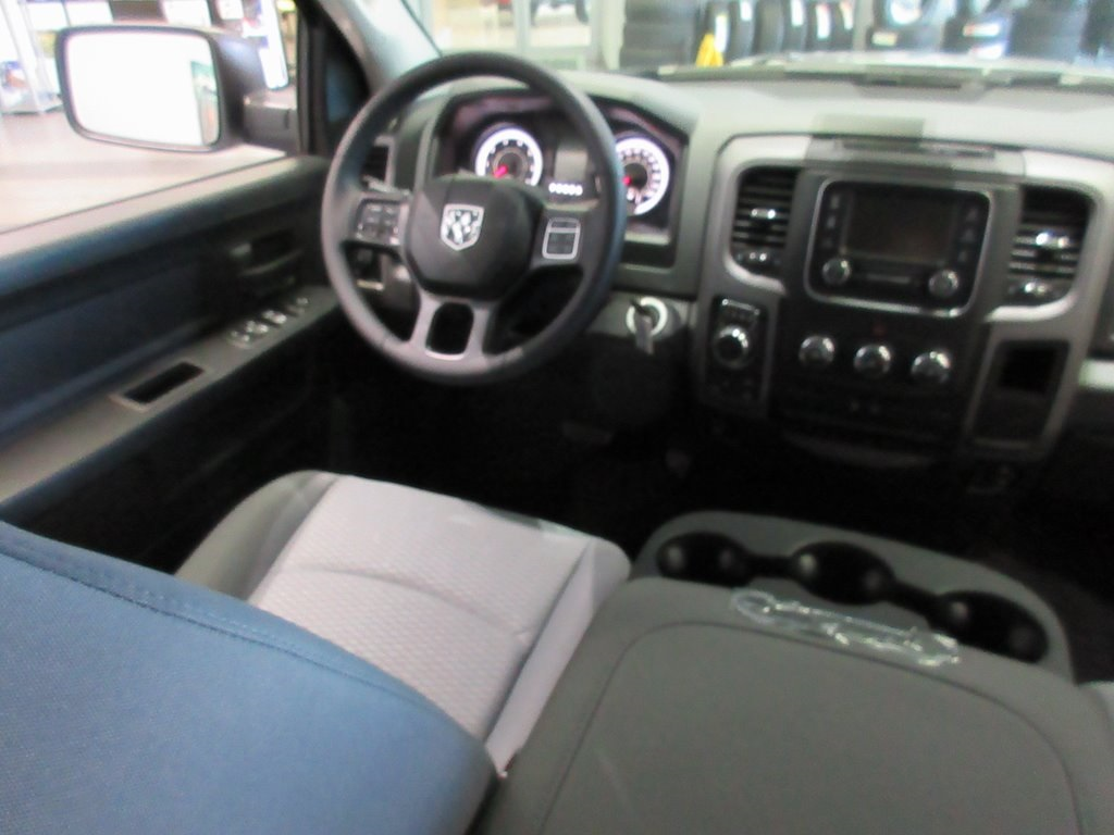 2018 Ram 1500 Crew Cab 4x4,  Pickup #J8666 - photo 32