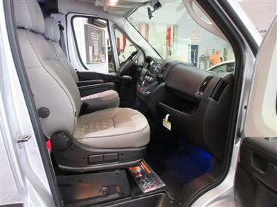 2018 ProMaster 2500 Standard Roof FWD,  Passenger Wagon #J8738 - photo 37