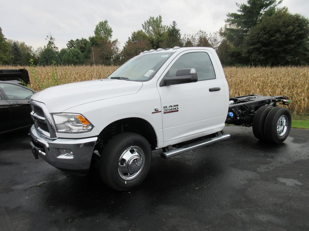 2018 Ram 3500 Regular Cab DRW 4x4,  Cab Chassis #J8891 - photo 5
