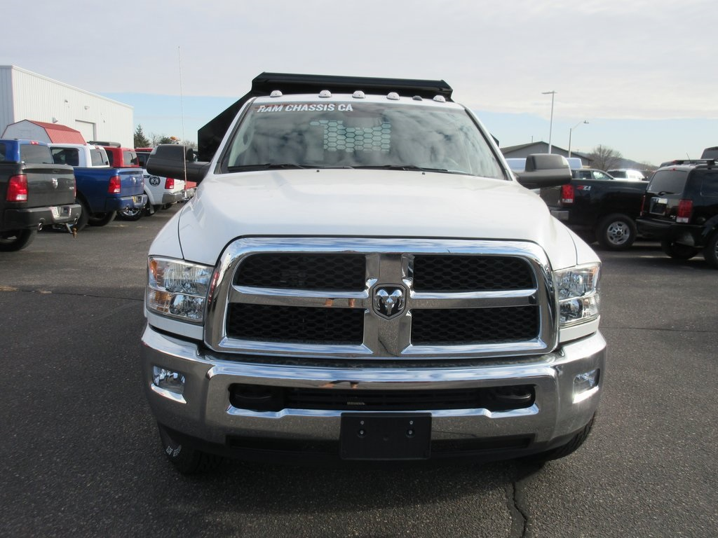 2018 Ram 3500 Regular Cab DRW 4x4,  Dump Body #J9111 - photo 3