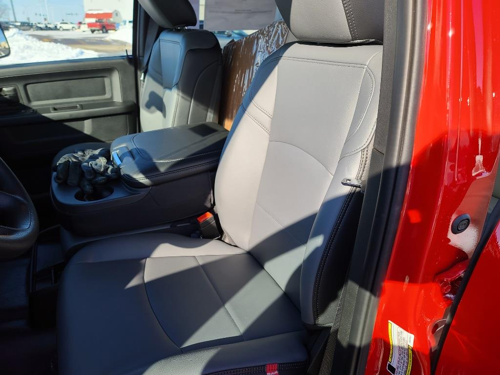 2021 Ram 5500 Crew Cab DRW 4x4,  Knapheide Drop Side Dump Body #M1917 - photo 17
